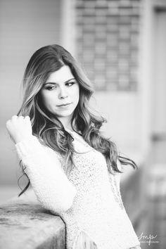 © Sarah Morrel Photography 2015 Photography / senior / poses / photo / shoot Poses Photo, Photo Shoot, White Dress, Photography, Dresses, Fashion, Fotografie, Gowns, Moda