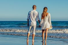Rear View of Couple on Beach Against Clear Sky, find more Love Photos on LoveIMGs. LoveIMGs is a free Images Pinboard for people to share love images. Couple Beach Photos, Photos Bff, Beach Pictures, Couple Pictures, Massage A Deux, Boho Chique, Friendzone, Week End En Amoureux, Photo Summer