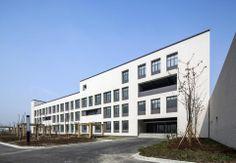 DC ALLIANCE designed the 'Jiangbei Chengzhuang School' in Ningbo, China. http://en.51arch.com/2013/12/a2001-jiangbei-chengzhuang-school/