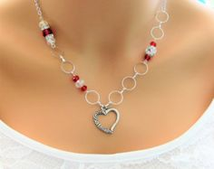 Collares de cuentas rojas, collar rojo, joyería de plata, collar de plata, collares de cuentas, collar, collar del grano del corazón, abalorios de cristal, N868