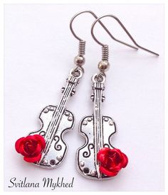 Boucles d'oreilles Cle de sol. Note de musique. Violon. Contrebasse . Musique. J'aime musique. Métal argenté : Boucles d'oreille par perles-et-couronnes