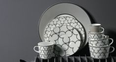 Monochrome porcelain tableware form Raynaud | Harlequin London #porcelain #monochrome #tableware