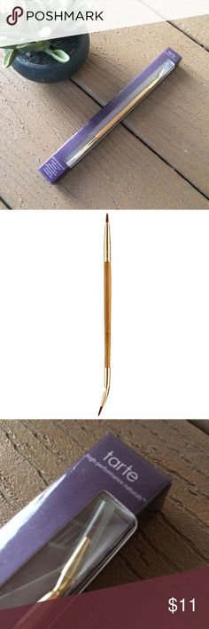 """Tarte Etch & Sketch Bamboo Eyeliner Brush NIB Tarte Etch & Sketch double ended bamboo liner brush, never opened! One side has angled tip and other side has straight precision tip, both perfect for applying gel eyeliner. Brush approx 6"""" long and made from bamboo, has soft synthetic bristles. Product is vegan. RTP $15. #cosmetics #makeup #tool #eyeliner #eye tarte Makeup Brushes & Tools"""
