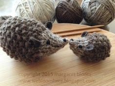 we bloom here: hans my hedghog - a knitting pattern Animal Knitting Patterns, Crochet Patterns, Knitting Projects, Crochet Projects, Creative Bubble, Crochet Diy, Knitted Animals, Easy Knitting, Knitting Toys