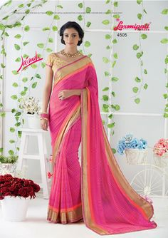 Impress all with your amazing traditional look by draping this saree that earn you loads of plaudits from onlookers. Laxmipati Sarees, Saree Shopping, Dubai Fashion, Traditional Looks, Printed Sarees, Draping, Daily Wear, Bridal Collection, Ecommerce