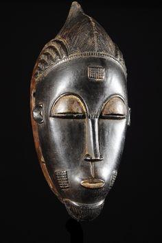 Masque Facial MBlo - Baoule - Côte d'Ivoire - Objet n°4795 - Galerie Bruno Mignot Culture Art, African Masks, Ivoire, Portrait, Product Design, Plump Lips, Face Peel Mask, Black Picture, Men Portrait