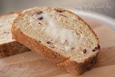 Thanksgiving Recipes : Cranberry Nut Yeast Bread Recipe