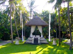 In the garden of Puri Santrian, Sanur Beach (Bali) Sanur Beach Bali, Places Ive Been, Gazebo, Traveling, Moon, Outdoor Structures, World, Garden, Life