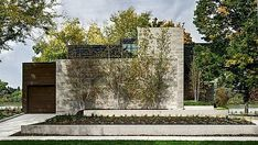 Modern single family residence designed by dSPACE Studio situated in Wisconsin, United States. Exterior Tiles, Interior And Exterior, Beautiful Architecture, Modern Architecture, Glass Wall Systems, Two Sided Fireplace, Metal Cladding, Japanese Interior, Construction Design
