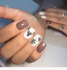 "If you're unfamiliar with nail trends and you hear the words ""coffin nails,"" what comes to mind? It's not nails with coffins drawn on them. It's long nails with a square tip, and the look has. Christmas Gel Nails, Christmas Nail Art Designs, Holiday Nails, Nail Art For Christmas, Jamberry Christmas, Snowflake Nail Design, Seasonal Nails, Snowflake Nails, Square Nail Designs"