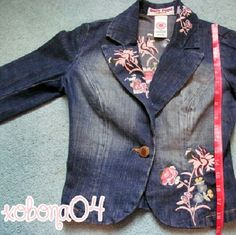 FINAL PRICE! MUST GO! Jean Jacket Bisous Bisou flower embroidered Jean jacket with one center button and collar. XS. Has some signs of use I.e. a bit of fading, but nothing too serious. Bisou Bisou Jackets & Coats Jean Jackets