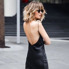 Minimalistic Must Have for Summer Black Silk Slip Dress Similar Style Ava. Minimalistic Must Have for Summer Black Silk Slip Dress Similar Style Available at SiiZU New Hair, Your Hair, Corte Y Color, Silk Slip, Grunge Hair, The Dress, Hair Inspiration, Hair Inspo, Curly Hair Styles