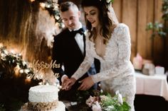 Wedding Cake Topper, Cake Topper, Custom Cake Topper, Mr and Mrs…