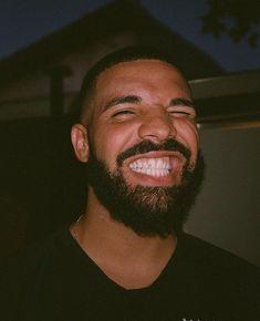 Listen to every Drake track @ Iomoio Drake Wallpapers, Drake Drizzy, Drake Graham, Aubrey Drake, Rap Wallpaper, Bad Girl Aesthetic, Raining Men, Photo Wall Collage, Celebrities
