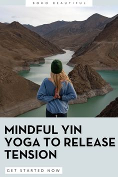This is a 45 Minute gentle and peaceful yin yoga practice. We will focus on opening the hips, releasing tight glutes, and lengthening the hamstrings through holding each posture for 4 minutes long. Through each static and still position I encourage you to focus on finding that peaceful meditative state of being. Click to start this free online yoga workout now. | Juliana Spicoluk | Boho Beautiful Mindfulness Exercises, Mindfulness Activities, Improve Mental Health, Good Mental Health, Meditation Benefits, Yoga Benefits, Yoga Workouts, Workout Routines, Boho Beautiful