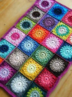 Sunburst Granny Squares Motif By Priscilla Hewitt - Free Crochet Pattern - (ravelry)