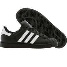 Adidas Superstar- Got two pairs of blacks and one pair of whites.Best shoes ever! Urban Fashion, Mens Fashion, Urban Hip Hop, Sneaker Brands, Adidas Superstar, Black Adidas, Timberland Boots, Adidas Shoes, Everyday Fashion
