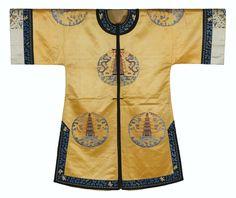 Quatre vestes d'intérieur en satin brodé, Dynastie Qing, XIXesiècle