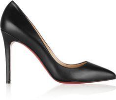 Pin for Later: 25 Cadeaux de Noël Fashion Pour les Moins de 30 ans Une Paire de Chaussures Christian Louboutin Escarpins en Cuir The Pigalle (542€)