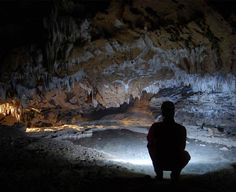 Peştera Comarnic – cea mai frumoasă peşteră din Banat Painting, Europe, Painting Art, Paintings
