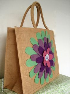 Large Jute Shopper Bag with Purple Felt by BerryNiceCushions, bag flower Items similar to Large Jute Shopper Bag with Purple Felt Flower Applique Large Gift Bag Flower Bag on Etsy Hessian Bags, Jute Bags, Burlap Crafts, Fabric Crafts, Jute Shopping Bags, Bag Patches, Crochet Shoulder Bags, Diy Tote Bag, Embroidery Bags