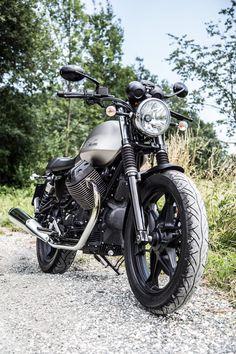 Moto Guzzi V7 II Stone | Biketest RISER-BIKER Blog. For more photos visit RISERBlog.com