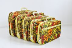 Groovy Vintage Suitcase Set Flower Power by @thewhitepepper