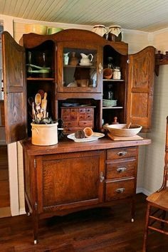Hoosier cabinet at it's finest.