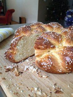 Vasilopita New Year Bread Recipe - Greek. Greek Desserts, Greek Recipes, Healthy Desserts, Almonds Nutrition, Greek Bread, Holiday Bread, Dessert Bread, How Sweet Eats, Breads
