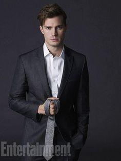 Christian Grey (Jamie Dornan)