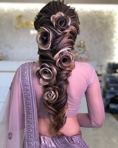 Chic and Sophisticated Chignon - 50 Ravishing Mother of the Bride Hairstyles - The Trending Hairstyle Bridal Hairstyle Indian Wedding, Bridal Hair Buns, Indian Bridal Hairstyles, Wedding Hairstyles For Long Hair, Bride Hairstyles, Cool Hairstyles, Rose Hairstyle, Latest Hairstyles, Coiffure Hair