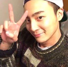 <Roy_Kim> #selfie #roy_kim #로이킴 #peace #smile