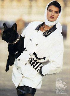 VOGUE UK 1987 STAR RAINCOATS ph. Peter Lindbergh Model: Linda Evangelista