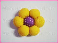 Resultado de imagem para flores de fuxico