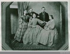 """""""Dan Olivier Fornlander, Anders Johan Fornlander and three sisters"""", Swedish, 1860. Kalmar läns museum fotosamling, nr. KLMF.A06017"""