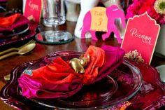 Bild der Zeremonie einzurichten auf der Mandap für eine indische Hochzeit Stockfoto