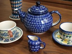 I love to combine patterns of Polish pottery, too