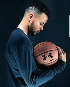 Basketball T Shirt Design Editor Golden State Basketball, I Love Basketball, Basketball Pictures, Basketball Legends, Basketball Floor, Basketball Rules, Stephen Curry Wallpaper, Stephen Curry Family, Nba Stephen Curry