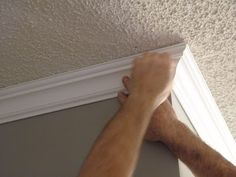 Best crown molding DIY tutorial I've ever seen.