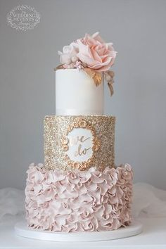 sugar flowers and the bottom 2 tiers gold wedding cake cakes Wedding Cake Trends – 20 Metallic Wedding Cakes Beautiful Wedding Cakes, Beautiful Cakes, Romantic Wedding Cakes, Beautiful Gorgeous, Metallic Wedding Cakes, Wedding Cake Gold, Wedding Cake Vintage, Burgundy Wedding Cake, Wedding Flowers