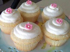 Simple Flower cupcakes