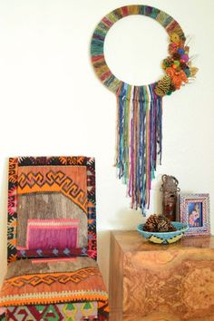 Boho yarn wrapped wreath by Jennifer Perkins for DIY Network