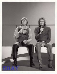 John Denver Barry Manilow VINTAGE Photo in Collectibles, Photographic Images, Contemporary (1940-Now), Celebrity, Television | eBay Umbrella Song, Deaf People, Actor Studio, John Denver, Barry Manilow, Country Music, Music Artists, Vintage Photos, Famous People