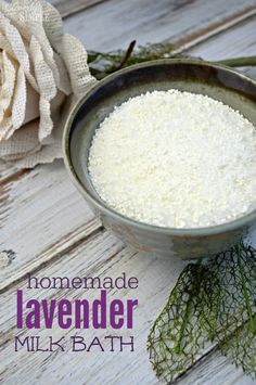 Here's an easy diy gift idea! Using lavender essential oils create this homemade lavender milk to relax! This is a really easy recipe.