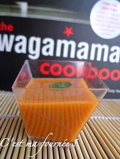 Wagamama une sauce surprenante, à laquelle j'ai succombé ! Elle est destinée à relever les salades asiatiques notamment à base de poulet mariné et grillé.