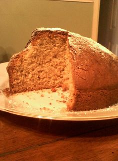 BEST BANANA BREAD EVER    6 oz/170g soft unsalted butter   4oz/110gsugar   2 eggs   3 tbsp milk   1 tsp bicarbonate soda   12 oz/340g self raising flour (tsp baking powder per 8 oz plain flour)   2 large very ripe bananas   1 tsp vanilla extract     Grease a bread loaf or round cake tin, line bottom with greaseproof/baking/wax paper. Set oven to 350F/175C/Gas Mark 4.   Cream butter and sugar until very light and fluffy. Add well beated eggs and beat together.Mash the bananas until like a…