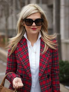 Totally Tartan Blazer: Reese & Riley c/o Broome + Bow Plaid Blazer, Blazer Outfits, Work Outfits, Viernes Casual, Preppy Style, My Style, Tartan Pants, Vogue, Street Style Women