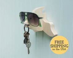 fish-wall-hanger-for-keys & sunnies