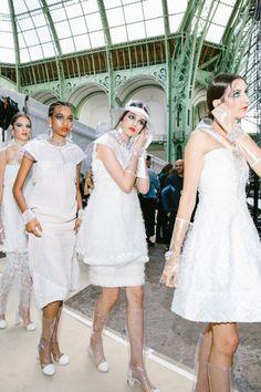 Go Behind the Scenes at Paris Fashion Week Spring Models Backstage, Fashion Week 2018, White Chic, Bridesmaid Dresses, Wedding Dresses, Red Carpet, Runway, White Dress, Flower Girl Dresses