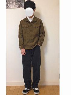 プチプラ。UNIQLOのコーデュロイジャケットを閉じてオープンカラーシャツ風に着て首元をレイヤードし
